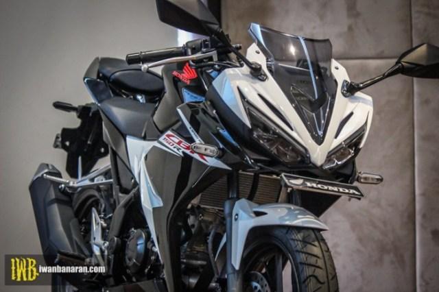 Honda-new-CBR150R-2017-12