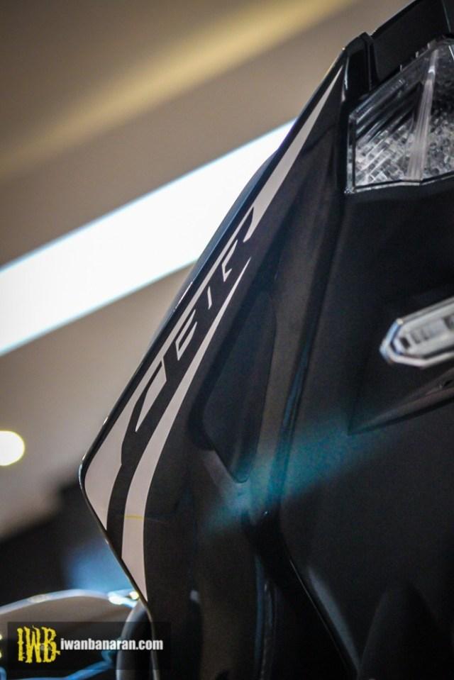 Honda-new-CBR150R-2017-9