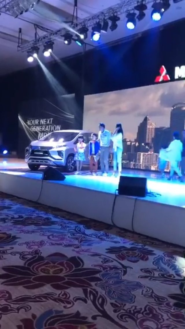 Mitsubishi-Expander-Indonesia-1-p7