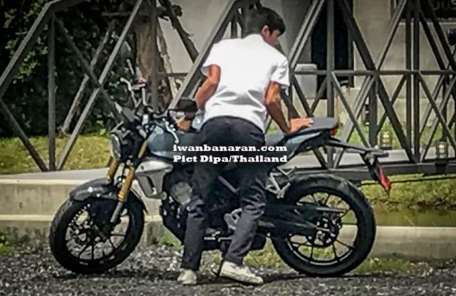 spyshot-Honda-CB150SS-racer-2-2