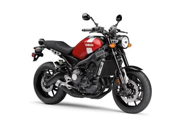 Yamaha-XSR900-2