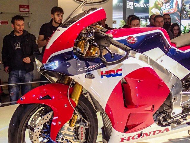 Honda-RC213V-S-prototype-EICMA-Rob-Harris-10